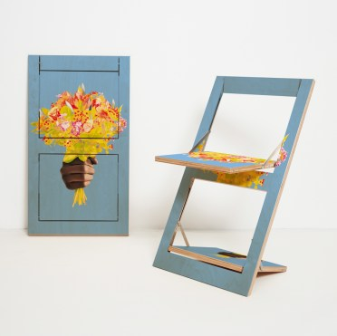 Folding-chair-flapps-–-knife-flowers