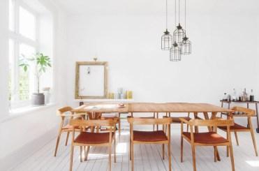 Interiore della sala da pranzo di design scandinavo