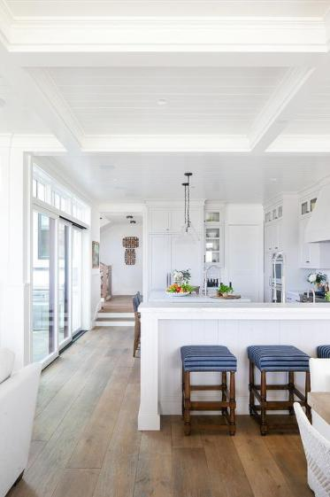Backless-blue-stripe-kitchen-peninsula-stools