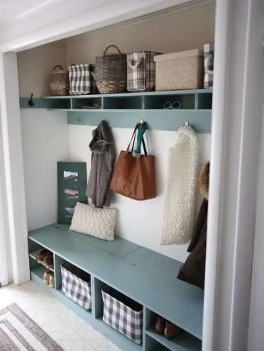 Diy-storage-bench-mudroom-closet