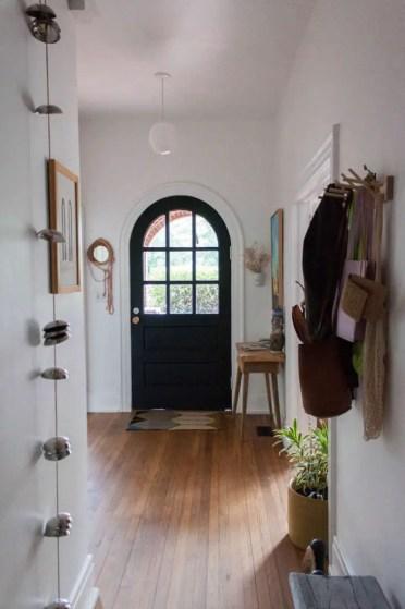 Gabi-hutchison-augusta-georgia-bungalow-entryway-733x1109-2