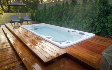 Hot-tub-deck-home-designs