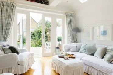 Living-room-decoration-ideas-white-sofa-covers-diy-ideas-1