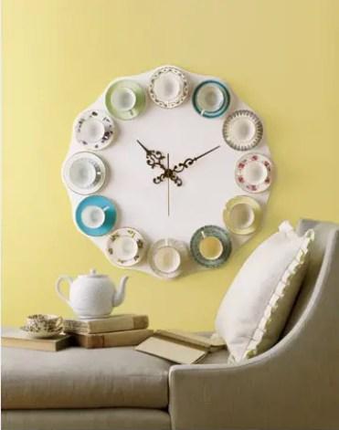 Teacups-clock