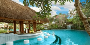 2-jaw-dropping-pool-bar-design-ideas-for-a-perfect-summer-break-2