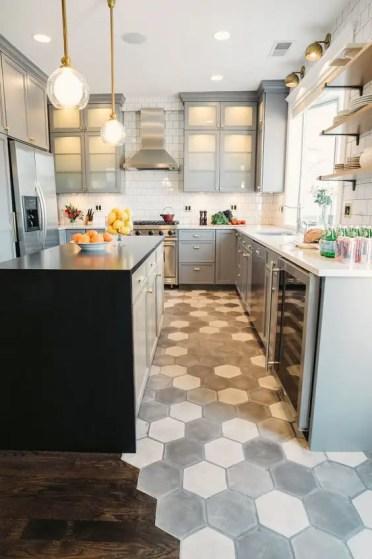 3-33-mosaic-grey-honeycomb-floor-makes-a-statement-in-this-neutral-grey-kitchen