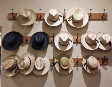 Diy-hat-rack-and-storage-ideas-diy-hat-rack_20