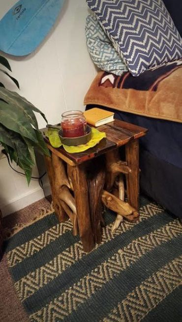 Driftwood-tables
