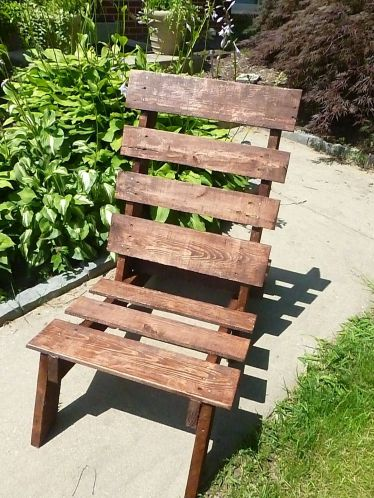 Pallet-chair-diy