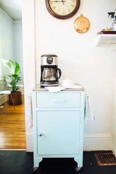 1-diy-coffee-bar-cart-design-sponge