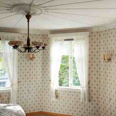 1-lace-bedroom-curtain-ideas-renovation_ropemaker_hill