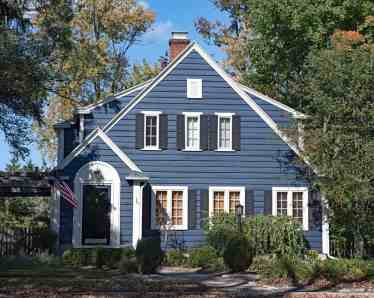 1-wood-sided-home-apr082020-min