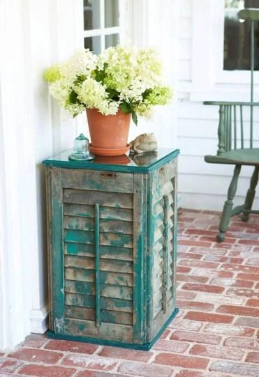 18-old-shutter-decoration-ideas-homebnc