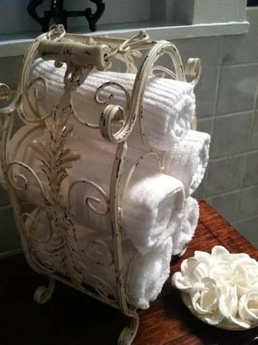 19-towel-storage-ideas-homebnc