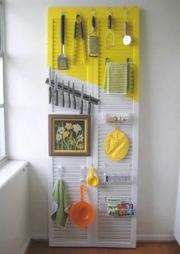 33-old-shutter-decoration-ideas-homebnc