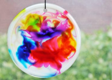 Colorful-diy-suncatchers-to-make-with-kids-5-775x554-1