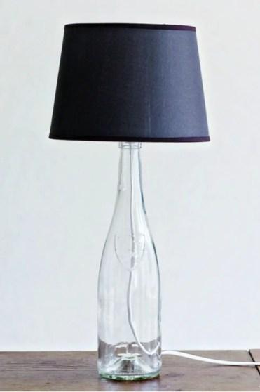 Gallery-1511369254-diy-bottle-lamp-2