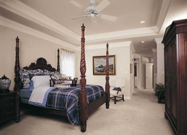 Traditional-style-primary-bedroom-feb192021-02-min