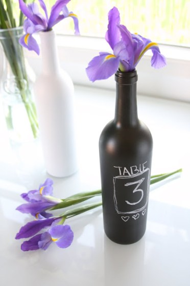 Upcycling-repurposing-wine-bottles-11