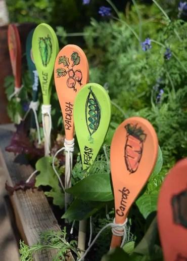 Wooden-spoons-garden-markers