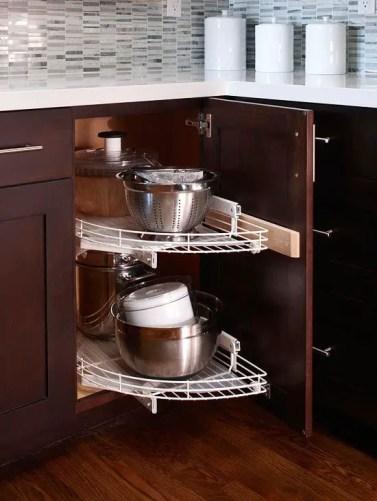 1-cool-kitchen-pots-and-lids-storage-ideas-2