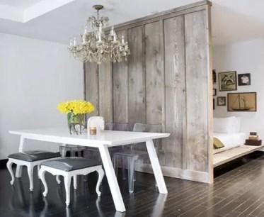 The-white-wooden-living-room-divider