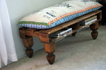 Cool-furniture-from-euro-pallets-55-craft-ideas-for-recycled-wooden-pallets-30-363