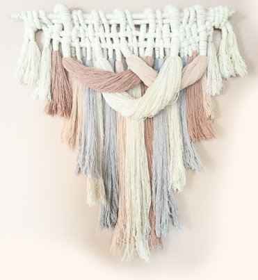 Diy-yarn-wall-hangings-for-a-boho-touch-6