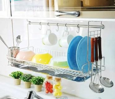 Modern-dish-drying-wall-racks