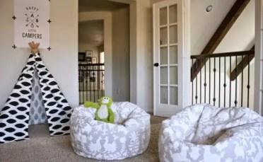 Otomi-stencil-diy-stenciled-bean-bag-chairs-playroom-530x353-1