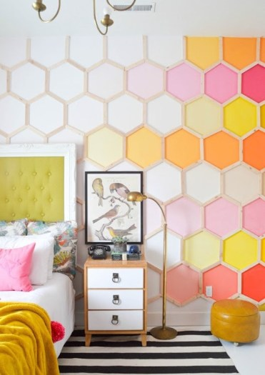 Red-honeycomb-wall