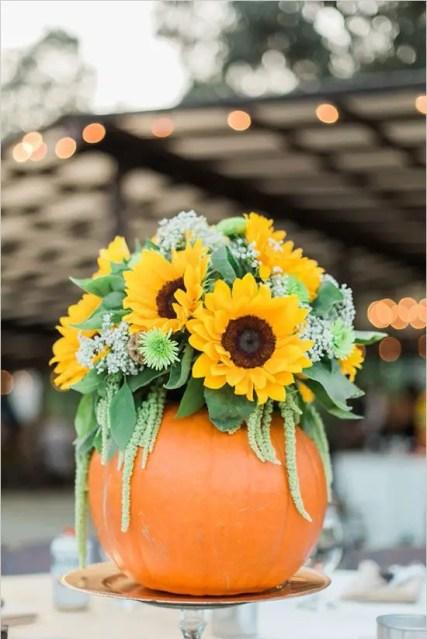 05-pumpkin-vase-and-flowers-centerpiece-1