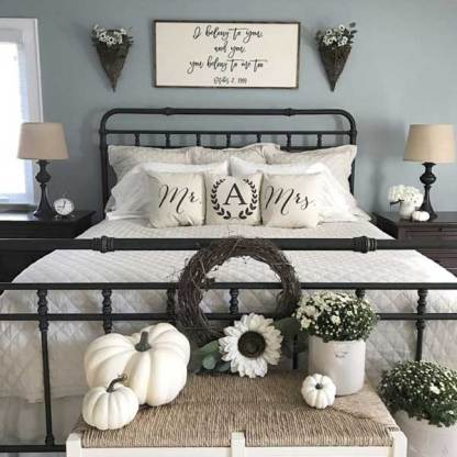 1-02-add-cream-colored-mums-and-white-pumpkins-to-the-bench-at-food-bed