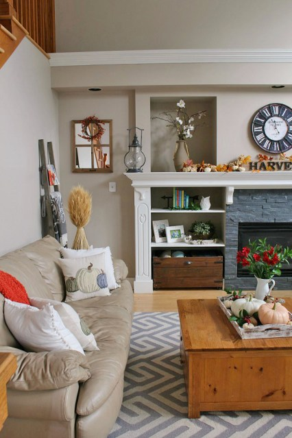 1-fall-living-room-ideas-clean-and-scentsible
