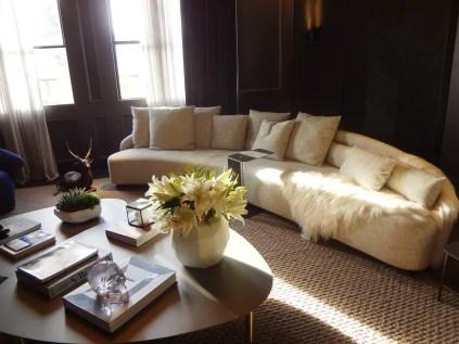 1-centerpiece-in-livingroom