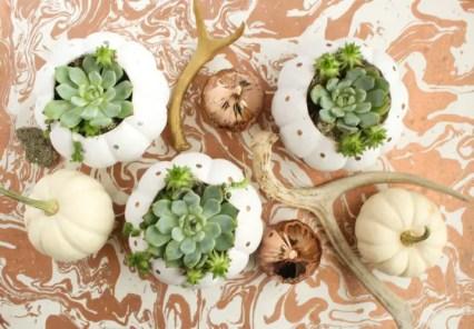 1-diy-fall-and-thanksgiving-pumpkin-centerpieces-6