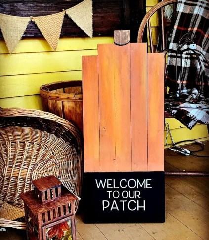 20d-farmhouse-fall-decorating-ideas-homebnc-v3