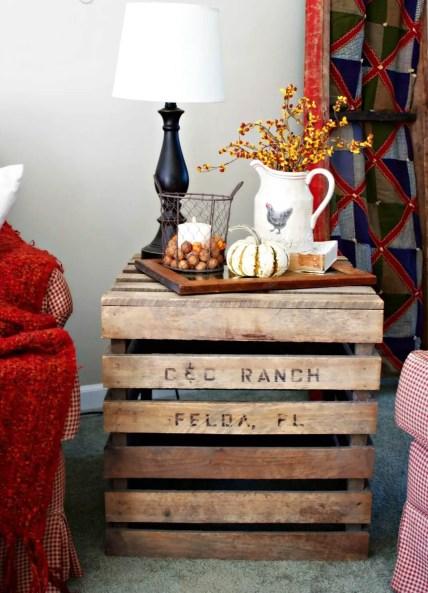 25-farmhouse-fall-decorating-ideas-homebnc