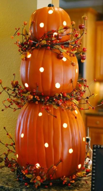 25-polka-dot-pumpkins-with-leds-inside