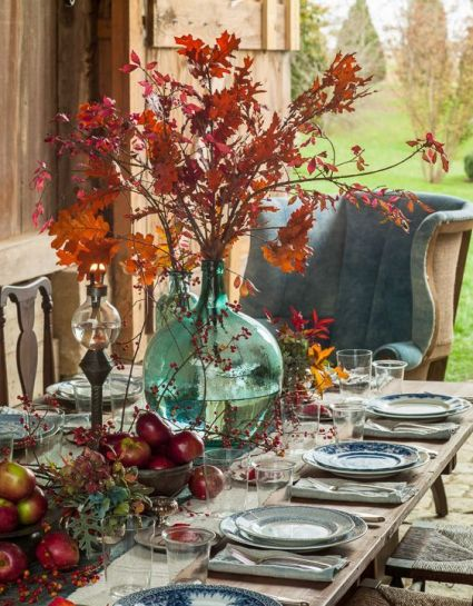 26-fall-leaves-apples-berries-for-decor-chinoiserie