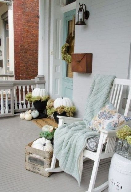 Autumn-decoration-in-the-balcony14