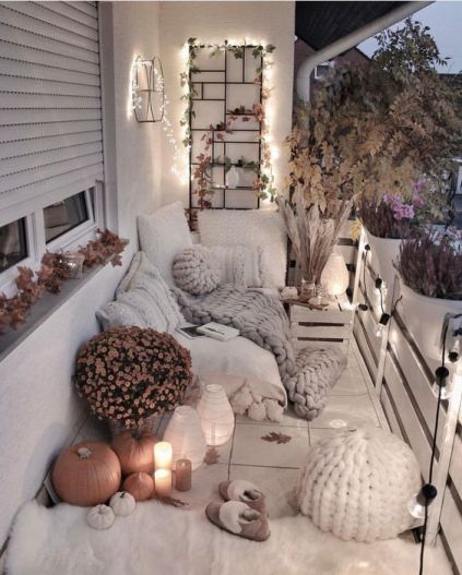 Autumn-decoration-in-the-balcony8