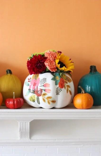Diy-pumpkin-painting-ideas-diy-floral-pumpkin-vases-by-pretty-life-girls-600x924-1
