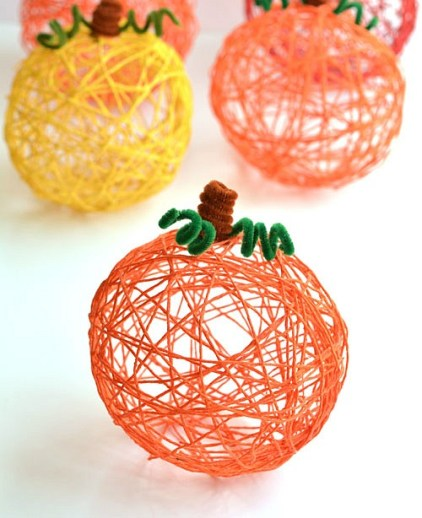 Diy-yarn-pumpkins