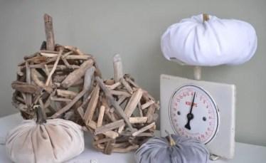 Diy-driftwood-pumpkin