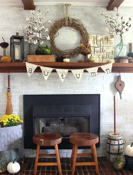 Fall-decorating-ideas-fireplace-mantel-13-1-kindesign