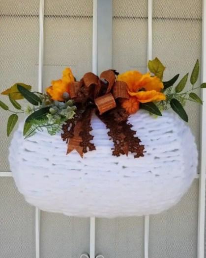 Fall-pumpkin-wreath-557x700-1