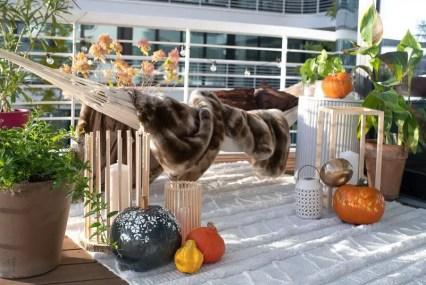 Stylish-balcony-with-hammock-804x536-1