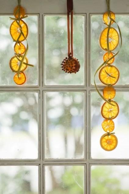 Super-cool-diy-dried-orange-garland-ideas-14