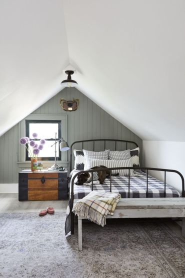 Accent-wall-ideas-paneling-1582140572
